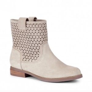 NWOT Sole Society perforated cut out ankle boots